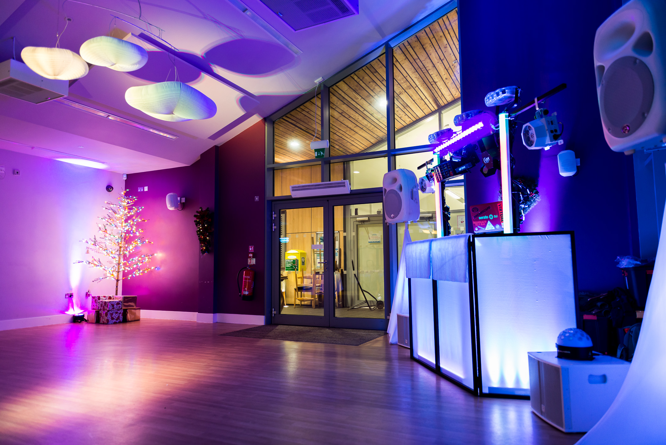 Lakeside Kitchen & Bar Taking Booking for Christmas Parties