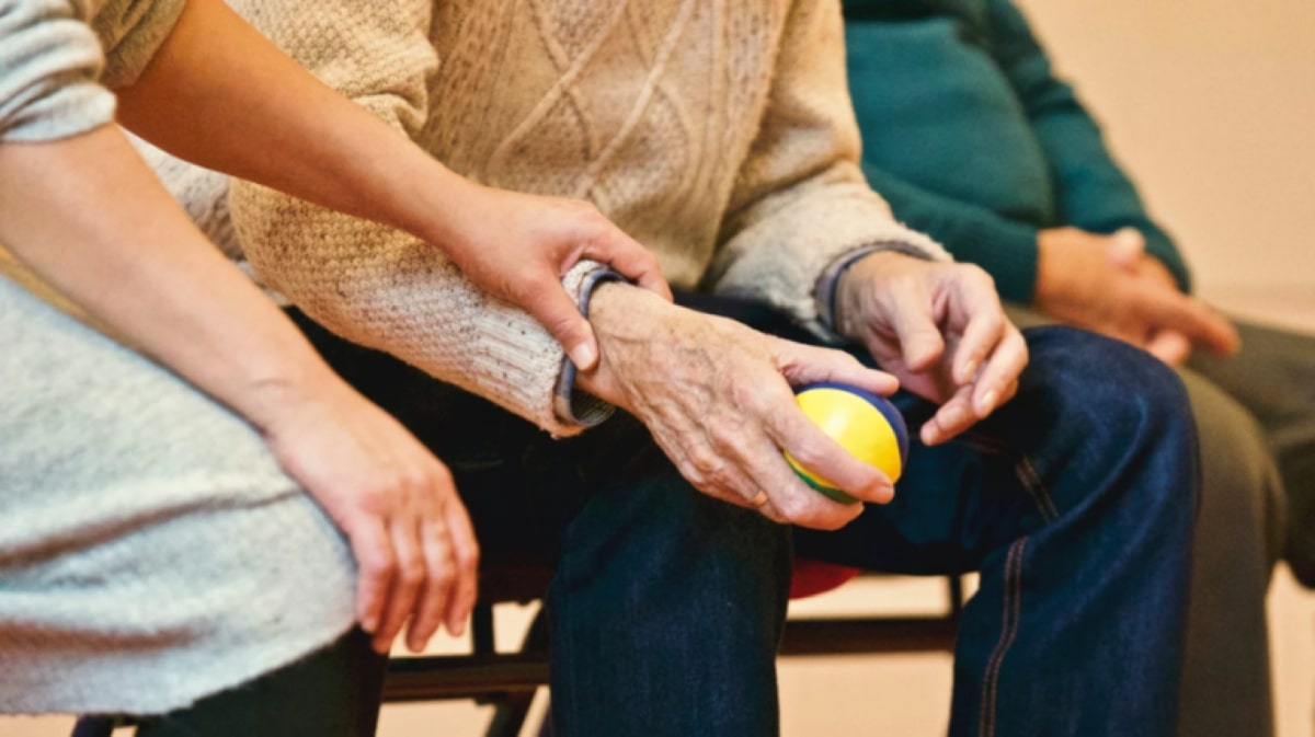 Peterborough Care Group Releases Advice on Caring for Loved Ones with Alzheimer's During the Pandemic